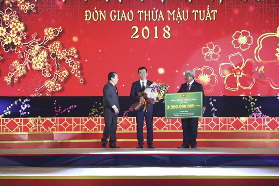 Phú Cường Kiên Giang tài trợ 3.5 tỷ đồng cho đêm giao thừa tại Tp.Rạch Giá
