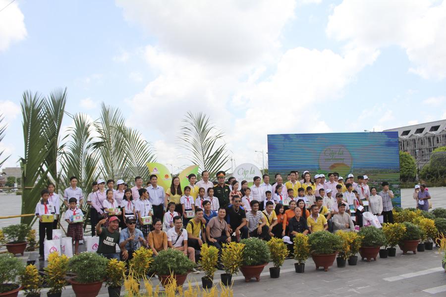 """Chương trình """"Cặp lá yêu thương"""" tại Kiên Giang"""